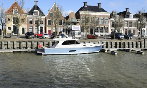 International press tested the Eastbay 44 at Mariteam Yachting